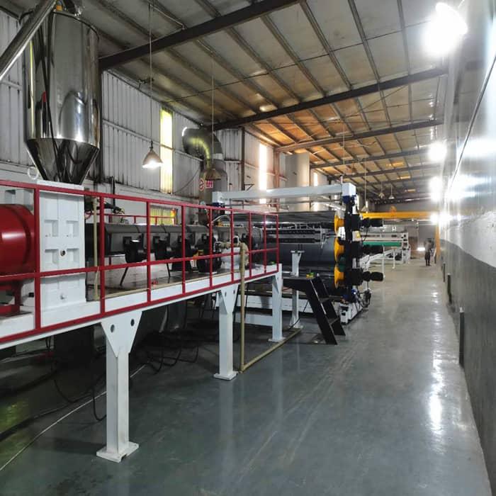 PE/PP磨砂板生产线
